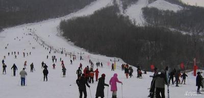 哈尔滨名都滑雪场实景