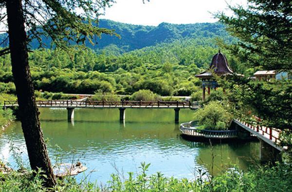 松鸣岩国家森林公园图片展示