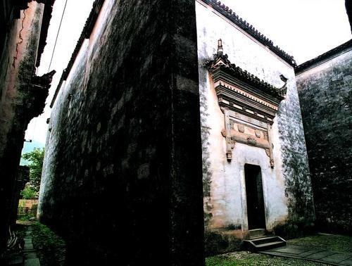 卢村木雕楼实图赏析