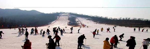 在山东省来讲也算的是一个较的滑雪场了