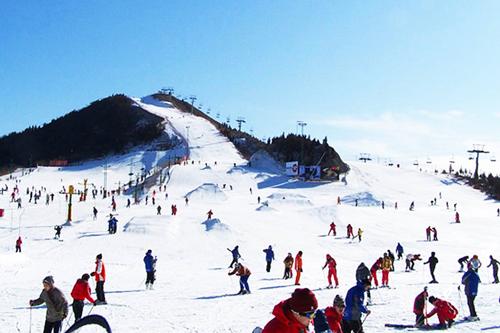 青岛金山滑雪场实景展示