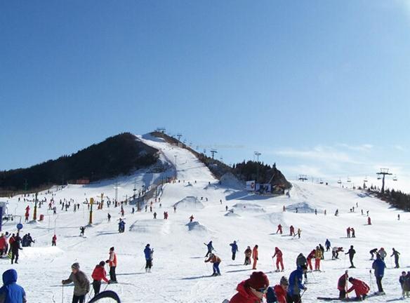 坡度平缓的滑雪道