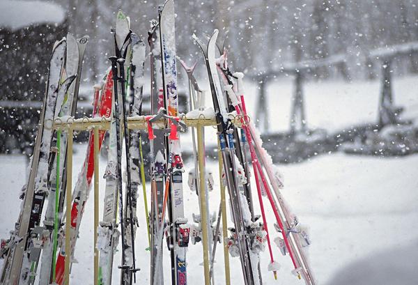 著名品牌的滑雪板
