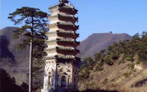 板厂峪的砖塔
