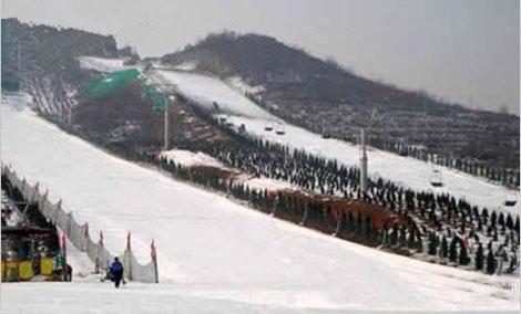 欢乐雪世界雪道