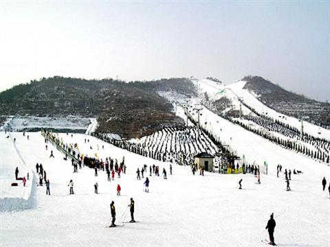 欢乐雪世界的雪道全景