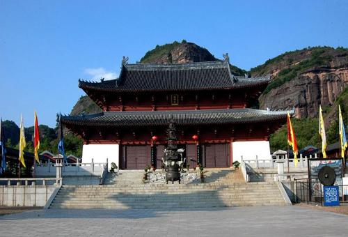鹰潭龙虎山的文物建筑