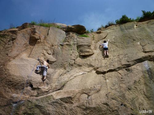 天池山的攀岩山