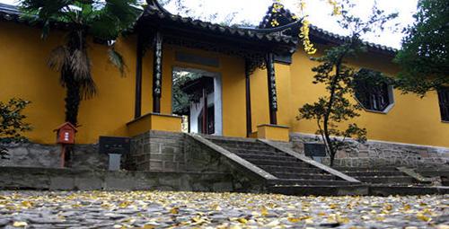 天池山的庙宇