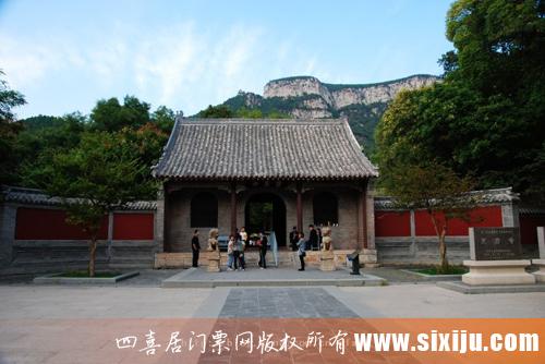 历史悠久的灵岩寺