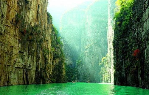 太行山大峡谷风景图